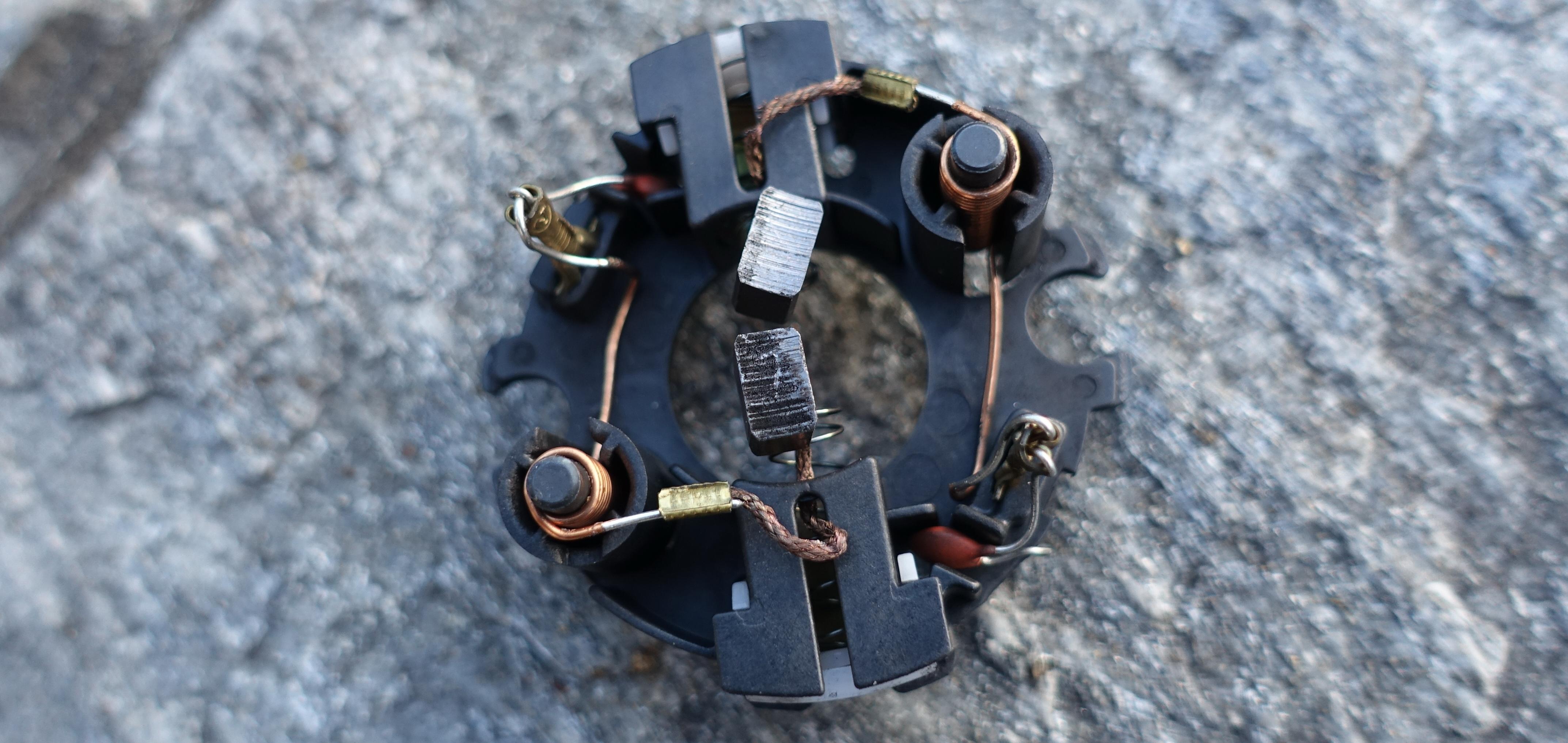 Kohlebürstensatz Ambrogio Messermotor